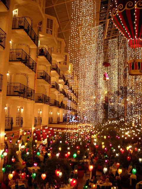 Christmas Hotel In Tennessee