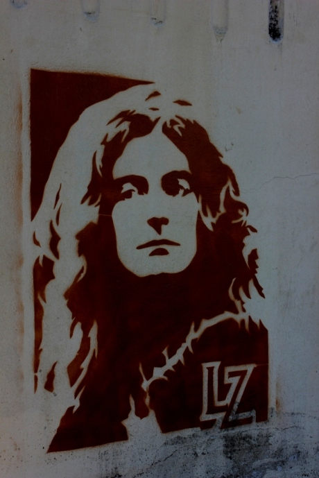 Led Zep, Robert Plant immortalized in the Blues District, photo - Brad Hardisty