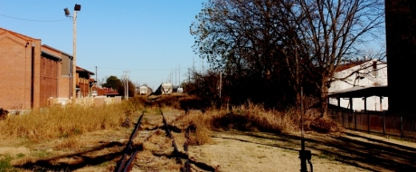 Tracks behind The Delta Blues Museum, photo - Brad Hardisty