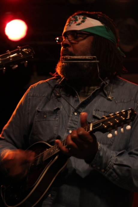 Alvin Youngblood Hart, Big Damn Revolution Tour, Exit/In, Nashville, TN, photo- Brad Hardisty
