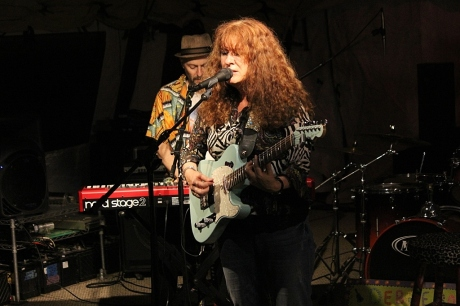 debbie bond mando blues 04082013 020 small