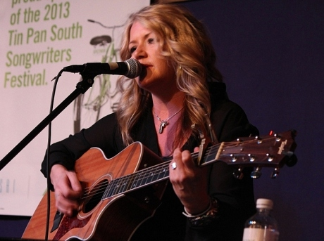 Tonya Lynette Stout, Tin Pan South 2013, photo - Brad Hardisty