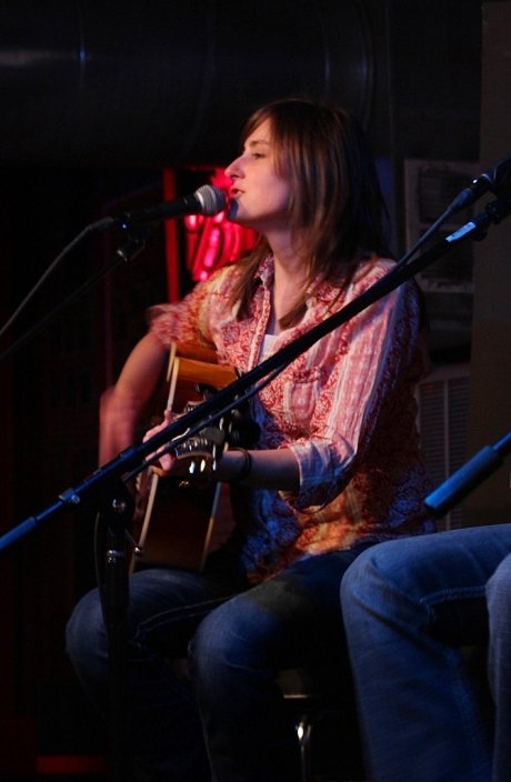 Erin Enderlin, Tin Pan South 2013, Station Inn, photo - Brad Hardisty