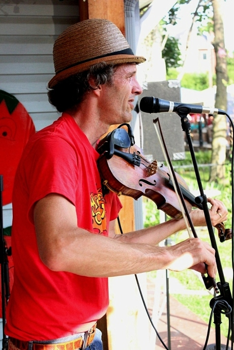 Live Music on Fanny's House of Music Porch, 2013 Tomato Art Fest, East Nashville, photo- Brad Hardisty