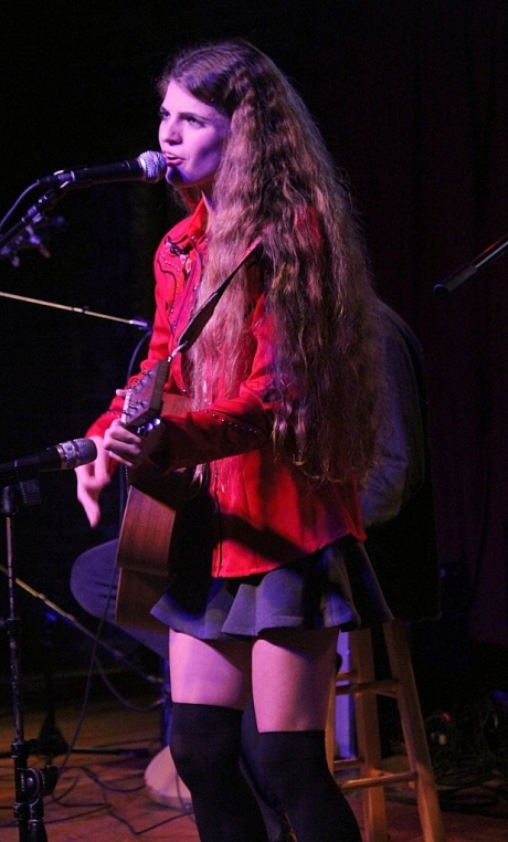 Nettie Rose at Billy Block Show, Mercy Lounge, 10/22/2013, photo - Brad Hardisty