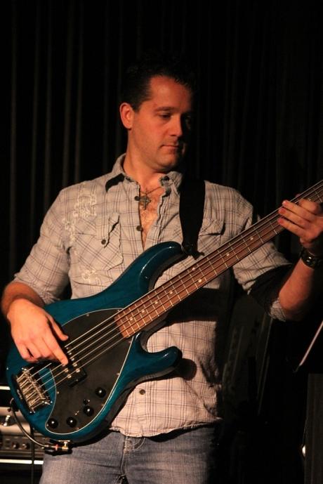 Chad Grant performing with Shantell Ogden, Douglas Corner Cafe, 11/16/2013, photo - Brad Hardisty