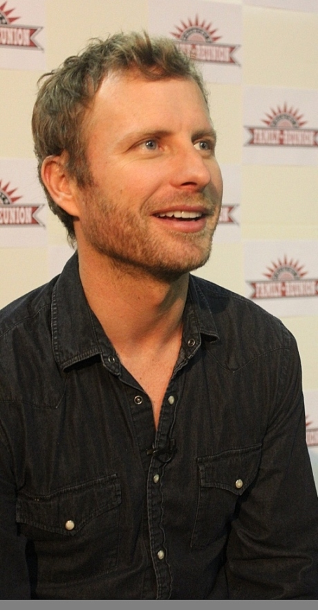 Dierks Bentley, photo - Brad Hardisty