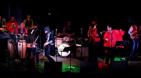Mike Farris and The Roseland Rhythym Revue, Third and Lindsley, Nashville, TN, 12/21/2013, photo - Brad Hardisty