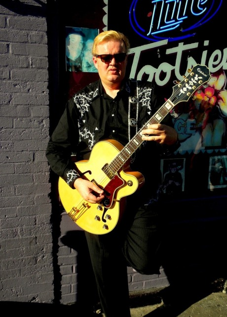 Brad Hardisty, Tootsies, Nashville, TN, with Violet Moon's Guitar Strap- On custom guitar strap.