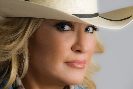TANYA TUCKER ©2009 photograph by Alan Messer