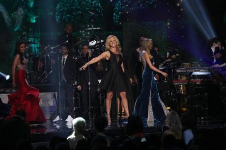 Adley Stump Live at the Miss USA Pageant 2015, photo courtesy No Problem! Marketing